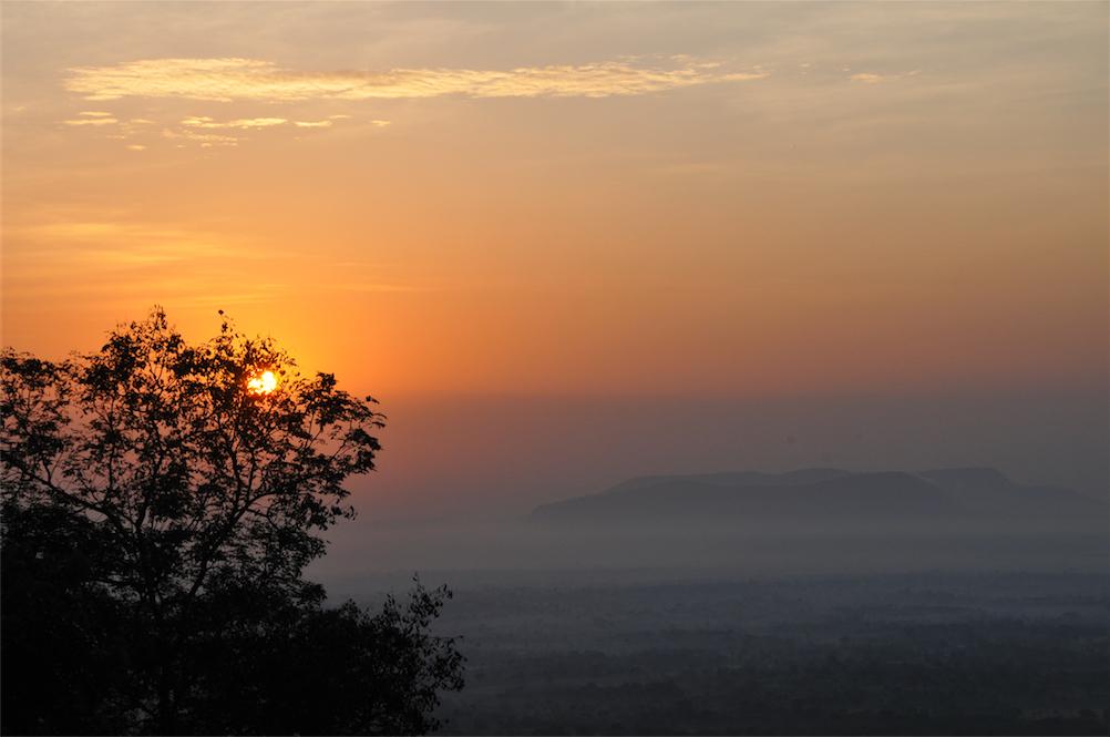 Sunrise-valley-from Tsiko mountain 2